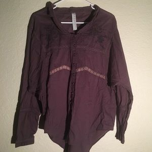 Free People long sleeve button up w/lace; size M